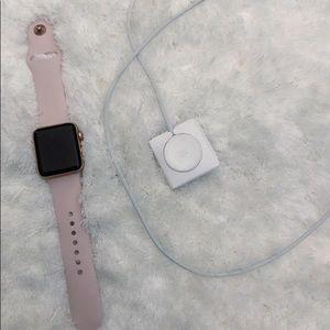 Rose Gold Series 3 Apple Watch 38mm